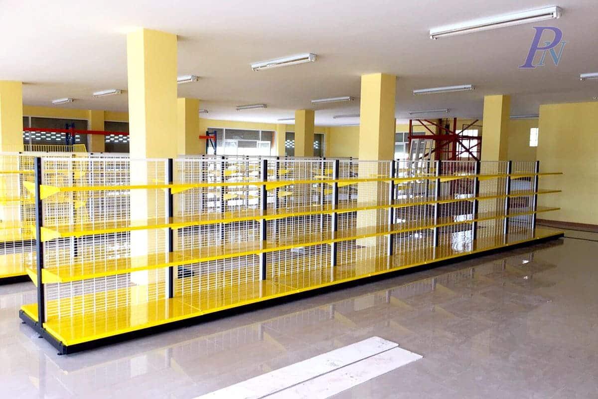 ชั้นวางของเหลืองดำร้านแสงทอง