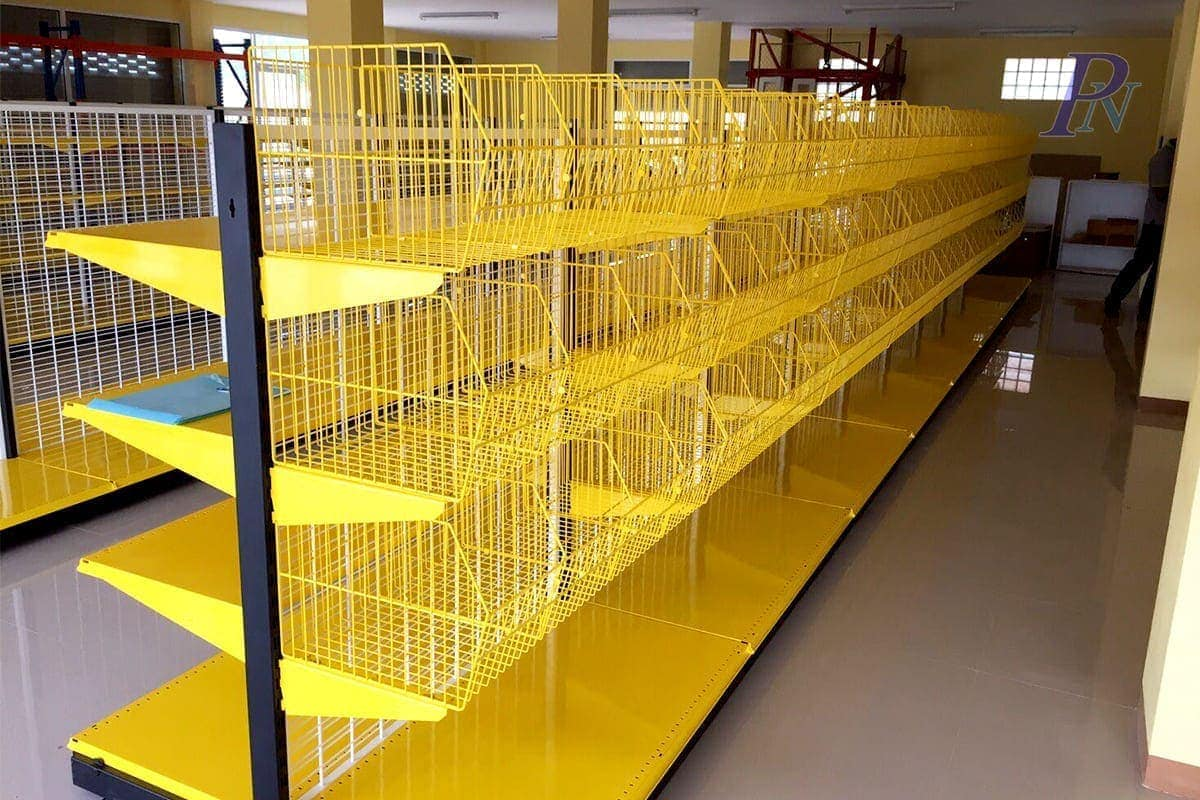 ชั้นวางสินค้าสีเหลืองแบบมีตะกร้า
