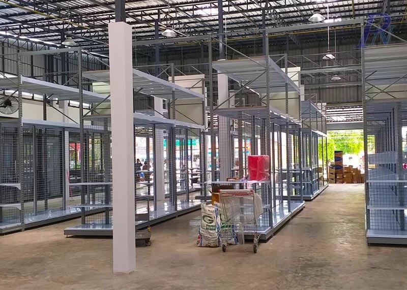 ชั้นวางสินค้า ร้านเด่นเจริญวัสดุก่อสร้าง