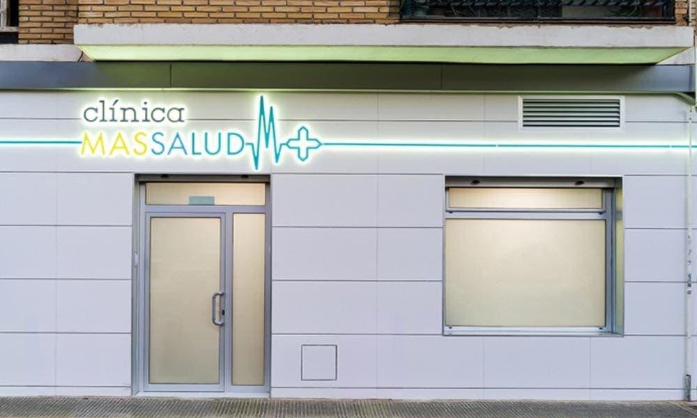 แบบร้านขายยา Massalud ดีไซน์หน้าร้าน