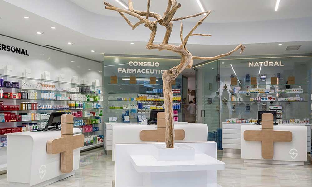 ประดับต้นไม้ในแบบร้านขายยา Sanchis