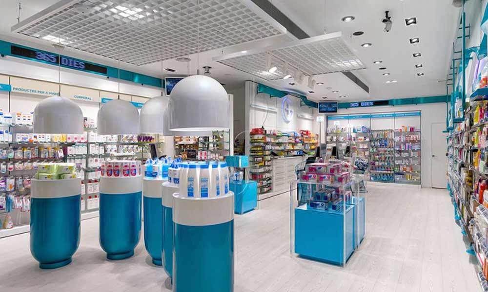 ภายในร้าน Garrós Pharmacy