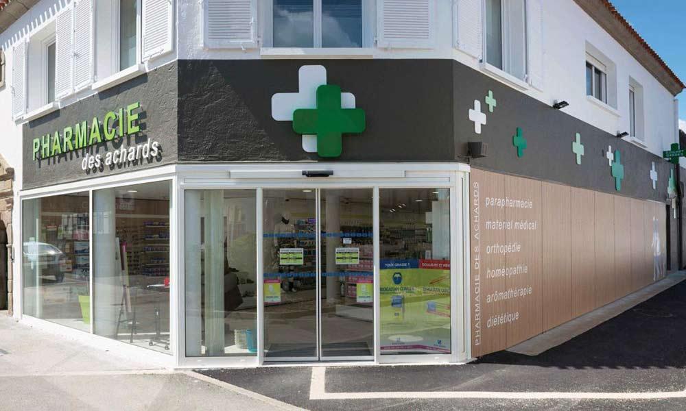 หน้าร้านขายยา Dumoulin