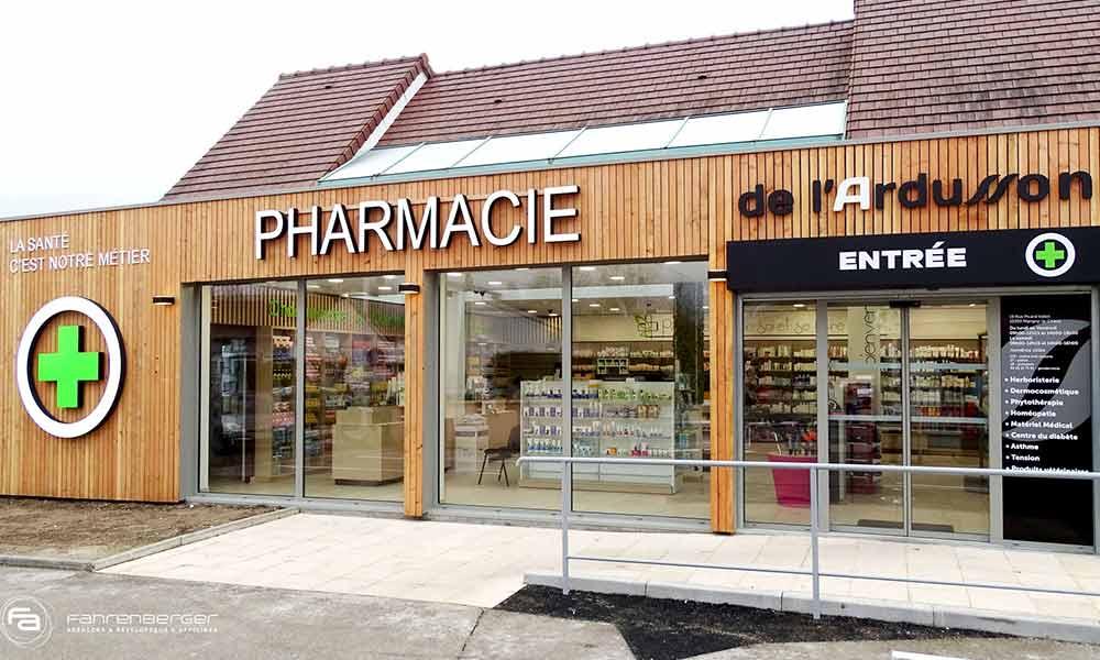 การออกแบบหน้าร้านขายยา lArdusson