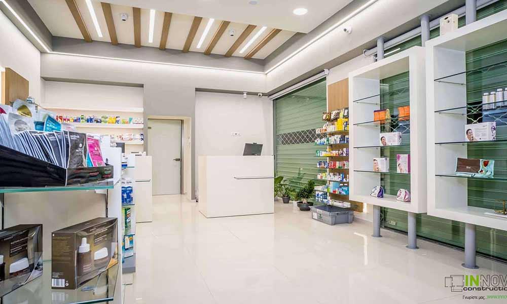 ข้างในร้านขายยาใน Llioupoli