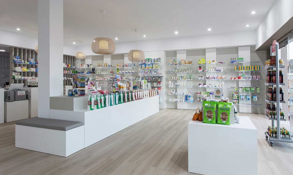 ภาพรวมร้านขายยา Farmacia Lic