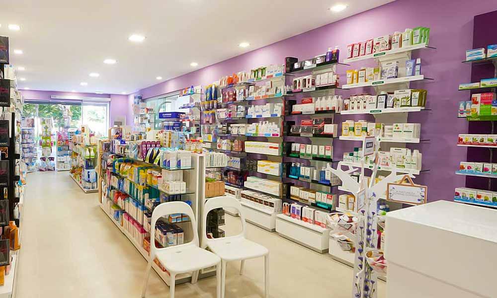 แบบร้านขายยา Farmácia Central ในร้าน